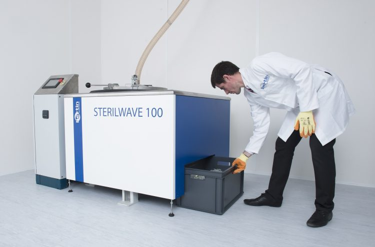 Sterilwave 100, grinding medical waste with rotating blades